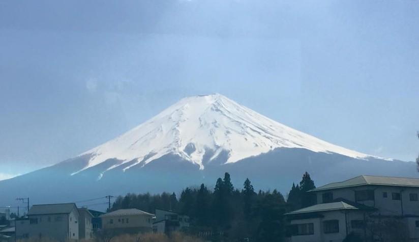 Japan Travelog – Day 2 (Mt. Fuji & Fuji Five Lakes, Shinjuku and RobotRestaurant)